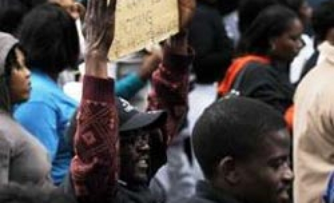 South Africa union to strike again if no wage raise