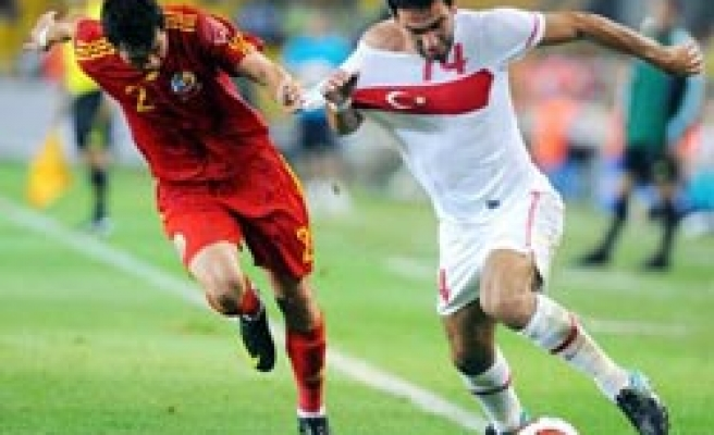 Turkey beats Romania 2-0 in friendly match in Istanbul / PHOTO