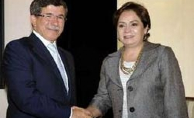 Turkish, Mexican FMs sign cooperation deals