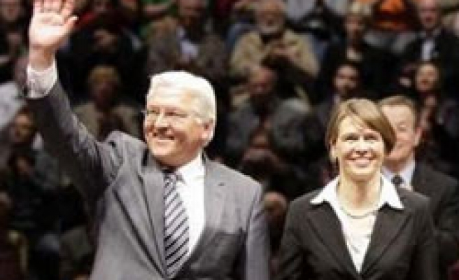 German opposition leader to donate kidney for wife