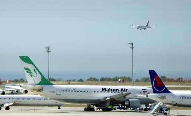 Iran to buy 400 airliners if sanctions lifted, top official says