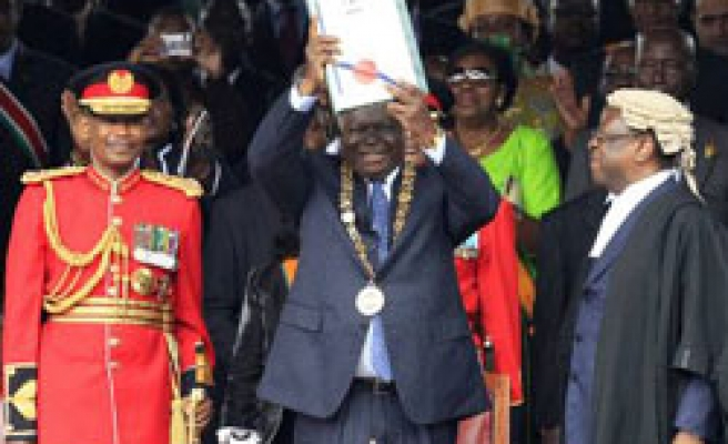 Kenyans jubilant as new constitution ratified
