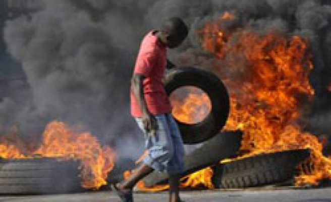 Deaths in Mozambique price riots