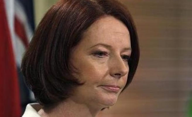 Independent MP supports Gillard to form Australia govt