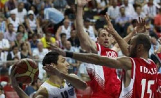 Argentina continues to top Group A after beating Jordan