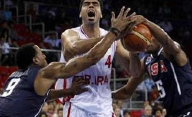 USA remains Groups B leader after Iran win