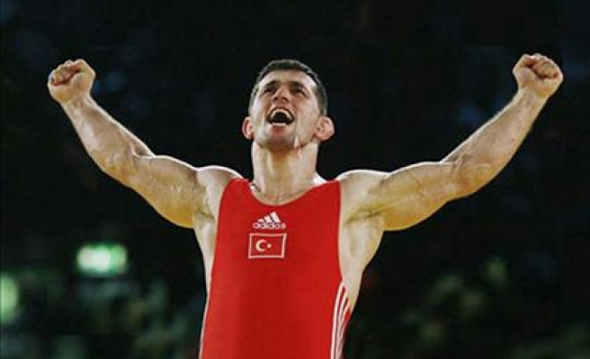 Turkey's Cebi wins gold medal in Moscow wrestling championships