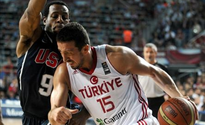 Turkey wins silver medal, beated by US at basketball worlds /PHOTO