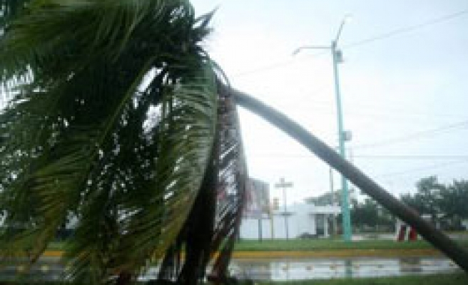 Tropical Storm Karl hits Mexico, some evacuated