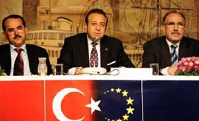 Referendum results to strengthen Turkey's in EU  negotiations: Minister
