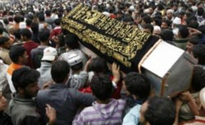 Another death in police firing during funeral of Kashmiri victim