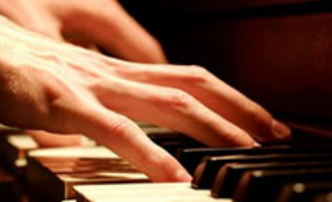 Turkish pianist wins top prize at German competition
