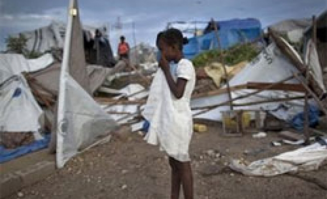 Deadly storm adds to homeless misery in Haiti