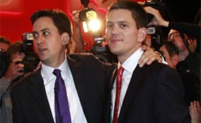 'More leftist' little brother wins Labour Party leadership in UK