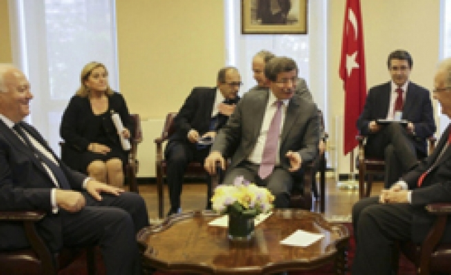 Turkish FM meets Asian, Middle East, Latin America FMs