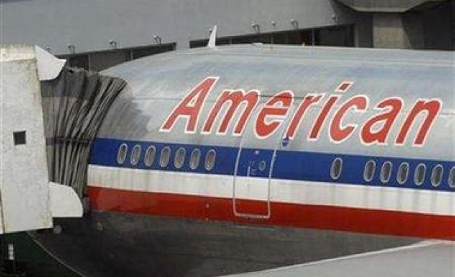 US airlines add seats after snowstorm hits travel
