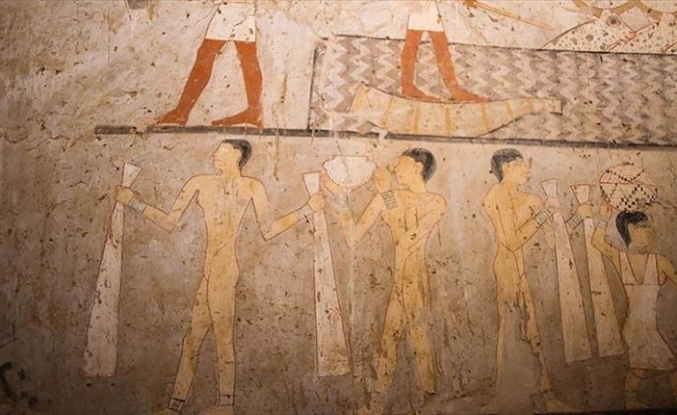 Archaeologists find 4,400-year-old tomb south of Cairo