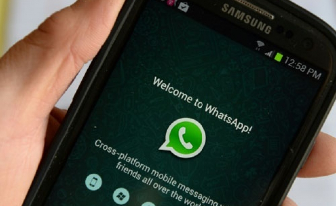 WhatsApp curbs India service after lynchings