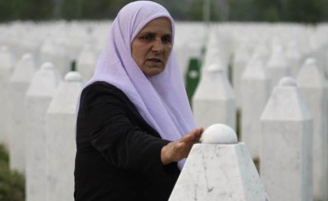 'Mother' of Srebrenica victims to be buried in hometown