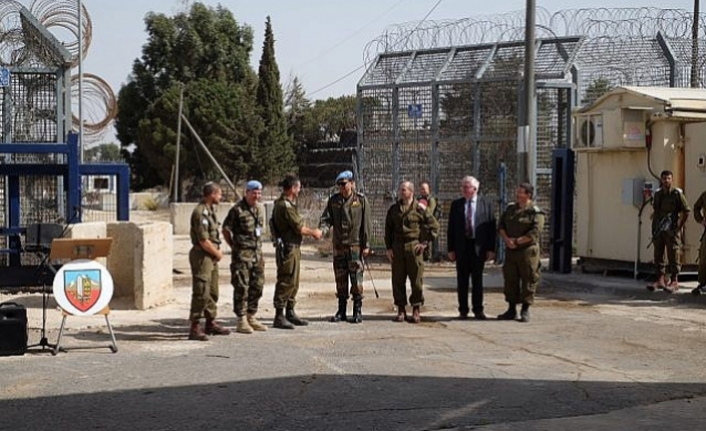 Syria, Israel reopen main border crossing