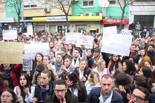 """Although in heavy weather conditions and with constant rainfall, they continued to protest at """"2 April"""" Square."""