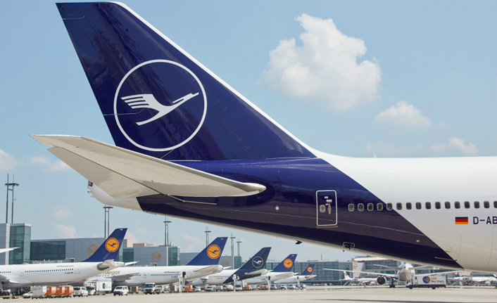 Higher fuel costs clip Lufthansa's wings
