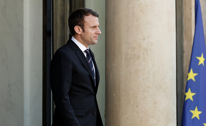 Macron to hold crisis meeting after anti-government riots