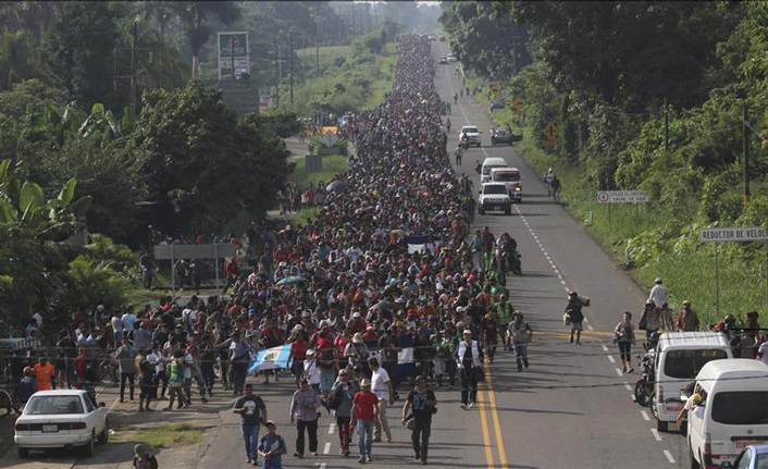 Migrant caravan reaches Mexico-US border