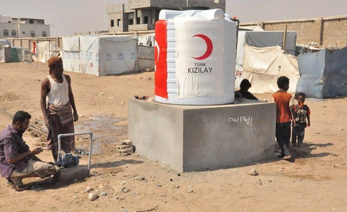 Turkish group sets up water tanks for refugees in Yemen