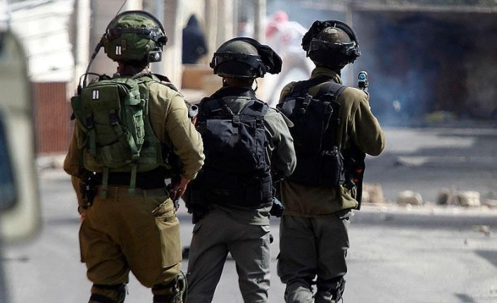 Israeli forces raid Palestinian hospital in West Bank