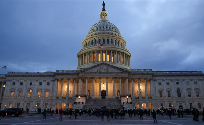 More US officials mull resigning after Capitol chaos