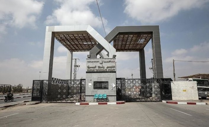 Egypt opens Gaza crossing in both directions