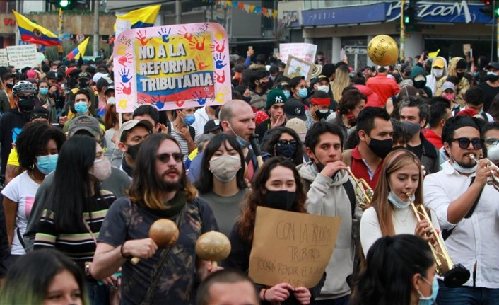 Colombians take to streets to protest tax reform