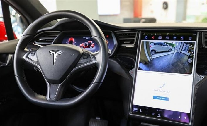 Tesla income at record in Q1, vehicle deliveries double