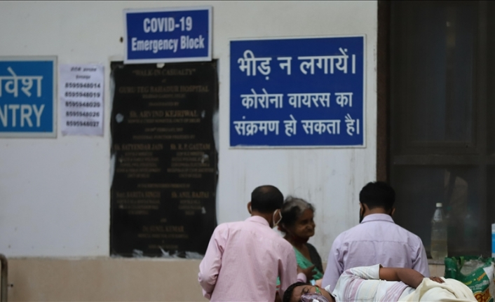 Daily COVID-19 infections now more than 400,000 in India
