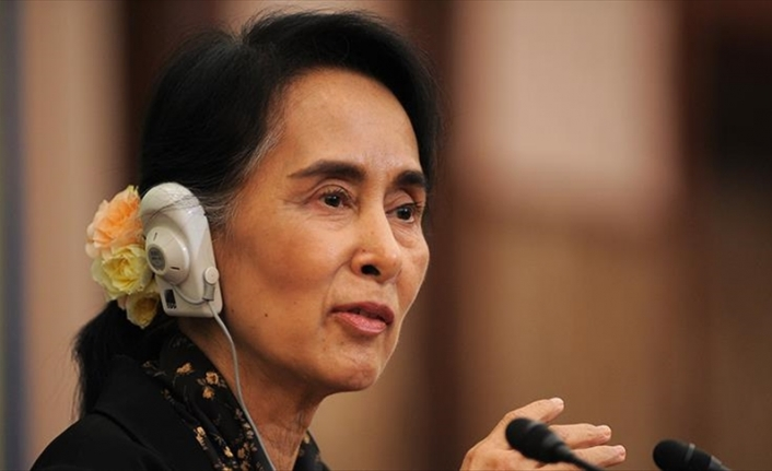 Suu Kyi makes first in-person court appearance since Myanmar coup