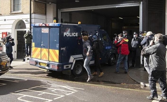 London police officer confesses to kidnapping, raping woman