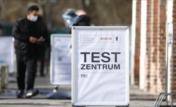 Germany mulls charging unvaccinated people for COVID tests