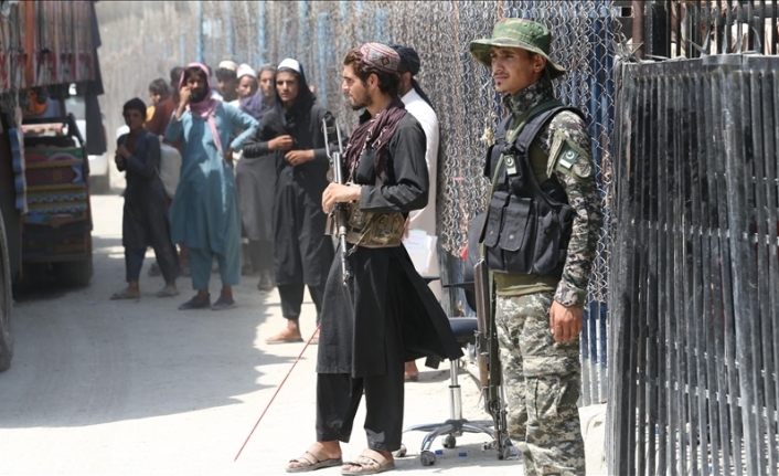 Some flee, some return to Afghanistan in hope of peace