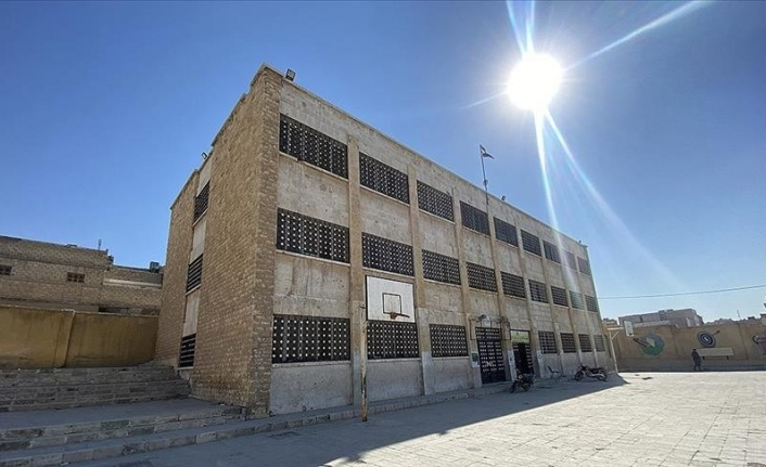 Turkey provides education in northern Syria with around 700 schools