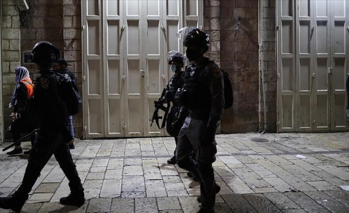 Israeli forces detain 10-year-old Palestinian boy in West Bank