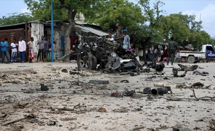 Suicide car bombing kills at least 7 in Somali capital