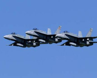 Iraq airstrikes kill 17 people in areas held by ISIL