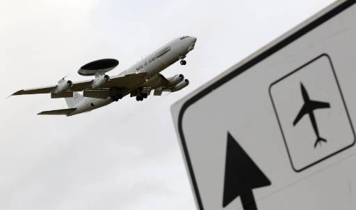 Lebanon's air traffic controllers to stop work on June 10
