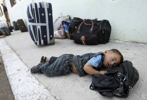 Egypt temporarily opens Rafah crossing