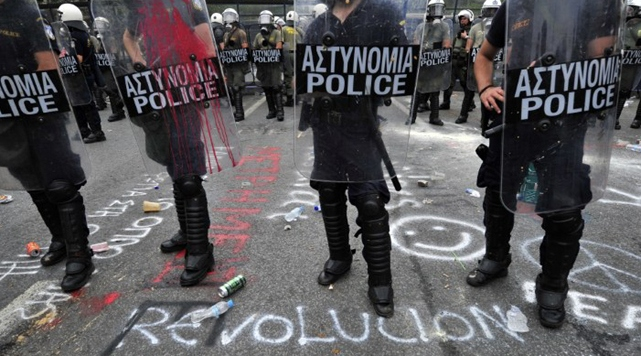 Greece: 10,000 protest to support imprisoned anarchist