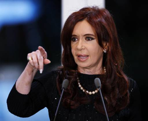 Argentine president lashes out at judiciary over big protest march