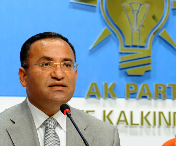 Three Turkish ministers resign for elections