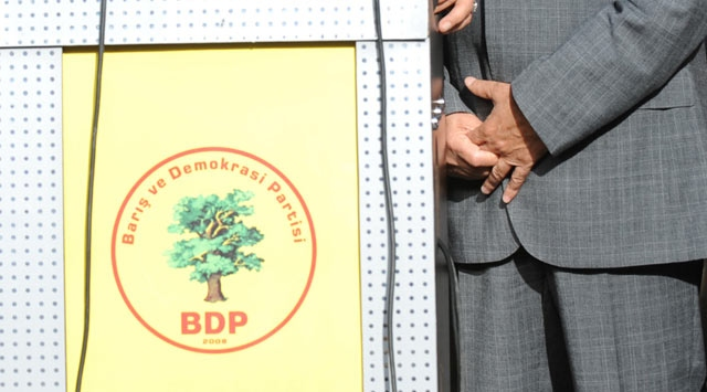 BDP to launch 'standing man' protests
