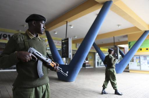 Officer gunned down in Somalia's presidential palace